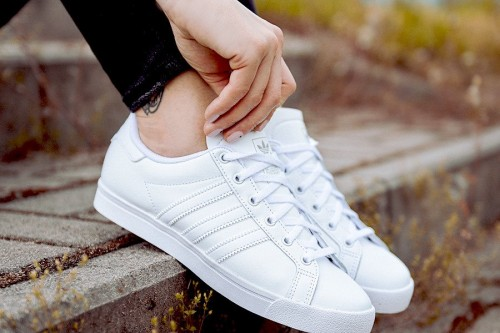 eng_pl_adidas-Originals-Coast-Star-J-EE9701-21416_2